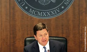 SEC's Clayton Endorses Improved Financial Reporting